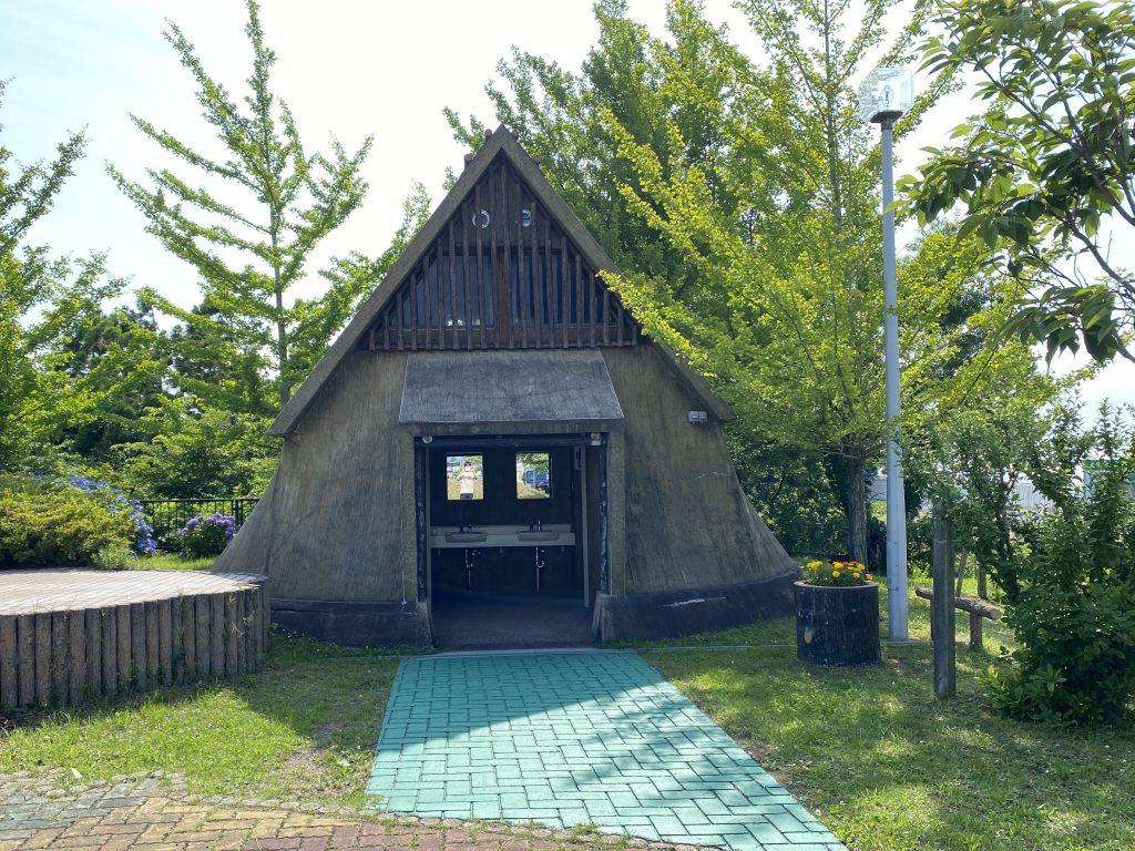 木造駅トイレ